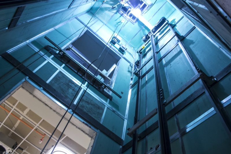 sensor de movimiento ascensores